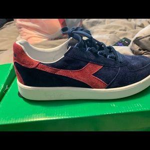 Diadora shoe